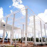 Foto de fábrica da Cimed em construção.